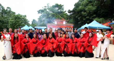 南宁二王庙四月初八传统文化庙会 让歌舞在神州大地飞翔